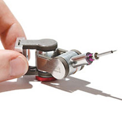 Kleindiek micromanipulator supplied by EM Resolutions deployed at Imperial College